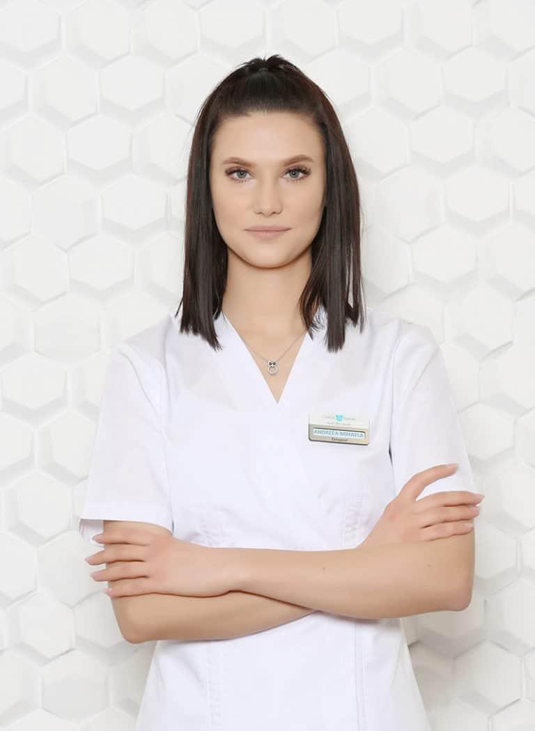 Andreea , terapeut skincare Clincia Statera